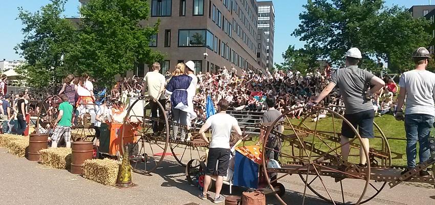 http://heavydecor.nl/event/images/ConstructieChallenge/foto8.jpg
