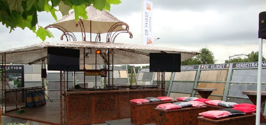 http://heavydecor.nl/event/images/Grilbartent/grilbar5.JPG