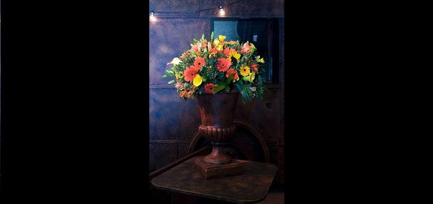 http://heavydecor.nl/event/images/Tafel-en-Bloemdecoratie/bloem1.jpg