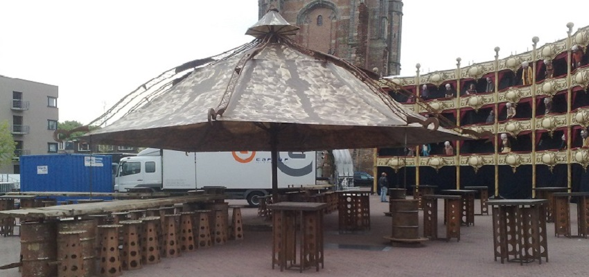 http://heavydecor.nl/event/images/parasols/parasol3.jpg