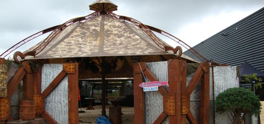 http://heavydecor.nl/event/images/parasols/parasol4.JPG